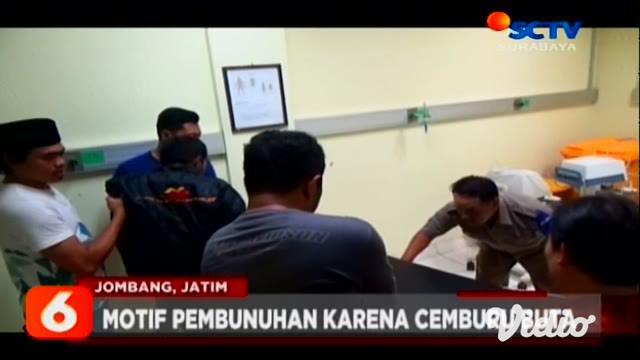 Kasus pembunuhan Achmad Dwi Antoko alias Antok, pejual nasi asal Jombang, akhirnya terungkap. Hanya dalam tempo 24 jam, polisi berhasil meringkus pelaku pembunuhan keji itu.