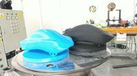 Mahasiswa Institut Teknologi Sepuluh Nopember (ITS) menyulap limbah ampas pati aren dan kulit hewan udang-udangan (Crustacea) menjadi biodegradable filamen. (Foto: Liputan6.com/Dian Kurniawan)