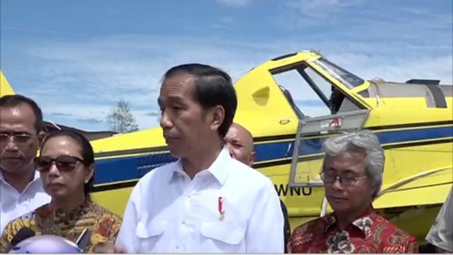 Inilah proses pendistribusian BBM dari Samarinda ke Long Apari, Pelosok Kalimantan Timur.