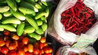 Harga sayur mayur terpantau naik di Pasar Pondok Gede, Senin (7/5/2018). (Dok Foto: Liputan6.com/Bawono Yadika Tulus)