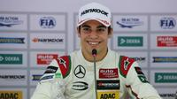 Pebalap pengembang Williams, Lance Stroll, dikabarkan bakal menjadi pengganti Felipe Massa yang pensiun usai balapan F1 2016. (Motorsport)