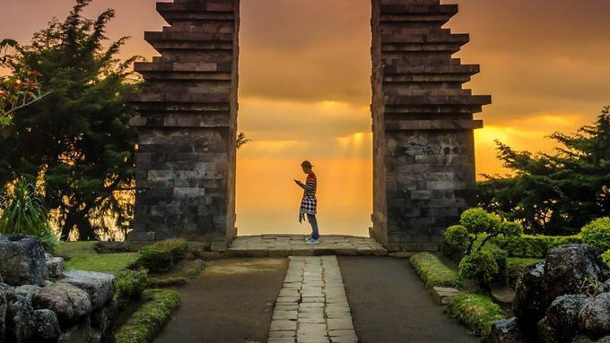 Candi Cetho Tergoda Romantisme Di Lereng Gunung Lawu Lifestyle