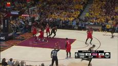 Berita video game recap NBA 2017-2018 antara Cleveland Cavaliers melawan Toronto Raptors dengan skor 128-93.