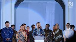 Gubernur DKI Jakarta Anies Baswedan (tengah) memberi sambutan saat menghadiri pembukaan perayaan 60 tahun hubungan diplomatik Indonesia-Jepang di area Museum Fatahillah, Jakarta, Jumat (19/1). (Liputan6.com/Helmi Fithriansyah)