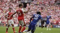 Momen saat Victor Moses dianggap diving kala Chelsea melawan Arsenal pada final Piala FA 2017. (AP Photo/Matt Dunham)
