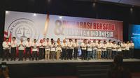 43 asosiasi dunia usaha yang tergabung Forum Komunikasi Asosiasi Pengusaha (Forkas) Jawa Timur menggelar deklarasi bertema Bersatu dan Damailah Indonesia. (Foto: Liputan6.com/Dian Kurniawan)