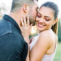 Miss Universe 2017 Demi-Leigh Nel-Peters telah resmi bertunangan dengan Tim Tebow. (Instagram/demileighnp)