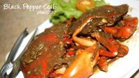 Hidangan makan siang kali ini berbahan dasar kepiting
