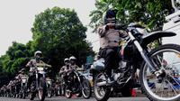 Ratusan personel kepolisian siap jaga Bandara Soekarno-Hatta jelang pembacaan putusan Mahkamah Konstitusi (Liputan6.com/JohanTallo)