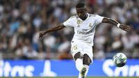 Vinicius Junior mencetak gol untuk Real Madrid saat kalahkan Osasuna (AFP)