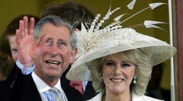 [Bintang] Pangeran Charles dan Camilla
