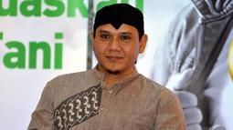 Pemilik nama asli Andi Fadly Arifuddin lebih memilih untuk menghabiskan waktu bersama keluarganya, Jakarta, Kamis (17/7/2014) (Liputan6.com/Panji Diksana)
