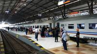 Suasana di Stasiun Besar Purwokerto, Jawa Tengah. (Foto: Liputan6.com/Muhamad Ridlo).