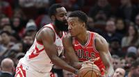 Aksi James Harden saat Rockets melawan Bulls di lanjutan NBA (AP)