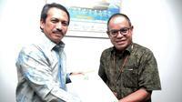 Dirjen Kemendag Veri Anggriono Sutiarto bersama Deputi Bidang Restrukturisasi dan Pengembangan Usaha Kementerian BUMN Aloysius Kiik Ro. (Dok. Sucofindo)