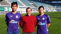 Helmy Putra Damanik dan Muhammad Reza Kusuma resmi bergabung dengan tim Divisi 4 B Liga Spanyol, Cristo B. (dok Cristo B)