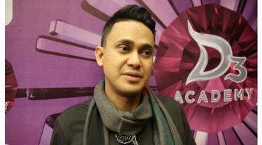 Presenter Ramzi memiliki pengalaman spritual unik. Seperti apa ceritanya, saksikan tayangannya di Starlite!