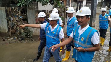 PT PLN (Persero) melakukan pemeriksaan instalasi 2.020 rumah yang terendam banjir di wilayah Jakarta, Bogor, Tanggerang dan Bekasi (Jabodetabek).