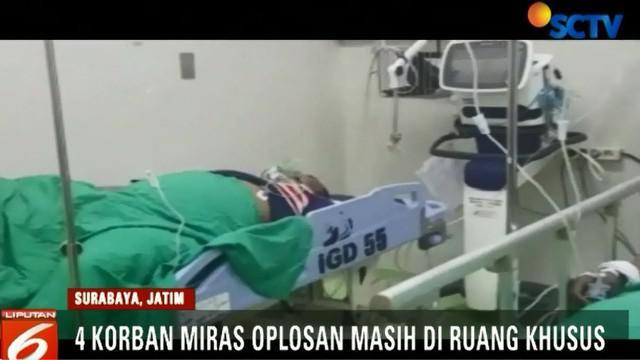 Sejauh ini, masih ada empat orang pasien yang kondisinya kritis dan dirawat di ruang khusus untuk cuci darah.