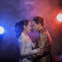 Potret kebahagiaan tengah dirasakan pasangan Ardina Rasti dan Ari Dwi Andika. Rasti yang resmi dipersunting Arie sejak enam bulan silam itu telah mengandung anak pertamanya. (instagram/ardinarasti6)