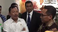 Menteri Kesehatan Terawan Agus Putranto tidak buang-buang waktu mengecek kebenaran informasi seorang pegawai PT Huawei Tech Investment yang diduga demam karena infeksi virus corona Tiongkok.