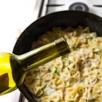 ilustrasi wine masak/copyright By Kvitka Fabian (Shutterstock)