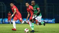 Duel Persija vs Madura United di semifinal Piala Gubernur Jatim di Stadion Kanjuruhan, Kabupaten Malang (17/2/2020). (Bola.com/Aditya Wany)