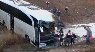 VIDEO: Kecelakaan Maut Bus Pengungsi di Turki, 6 Orang Tewas
