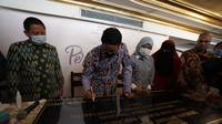 Sandiaga Uno bersama pengusaha UMKM perwakilan Mesir meresmikan Restoran Bumbu Indonesia di Kairo. (Istimewa)