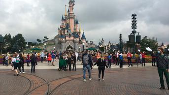 Disneyland Telah Kembali Dibuka, Ini Syarat Berkunjung di Tengah Pandemi COVID-19