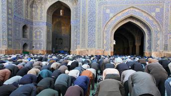 Makna dan Hikmah Peringatan Maulid Nabi Muhammad SAW