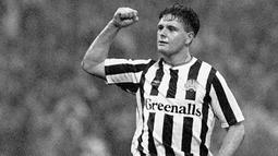 2. Paul Gascoigne (1985/88), gelandang yang berhasil membawa Inggris bersinar pada Piala Dunia 1990 ini merupakan pemain binaan akademi Newcastle sebelum akhirnya memutuskan hijrah ke Tottenham. (www.nufc.co.uk)