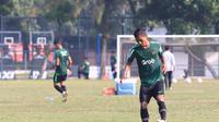 Bek Persija Jakarta, Anan Lestaluhu, saat menjalani pemusatan latihan bersama Timnas Indonesia U-22. (Istimewa)