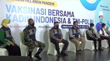 Kamar Dagang dan Industri Indonesia (Kadin) mendeklarasikan vaksinasi covid-19 gratis untuk 10.000 orang.