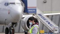 Pekerja di pabrik Boeing di AS. (AP/ E. Thompson)