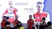"Pebalap Ducati, Andrea Dovizioso dan Jorge Lorenzo, saat jumpa pers di Hotel Sheraton, Jakarta, Kamis 1/2/2018). Acara tersebut dalam rangka kampanye Shell Advance ""Libas Tantanganmu. (Bola.com/M Iqbal Ichsan)"