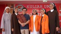 Dalam rangkaian kunjungan ke NTT, Wakil Ketua MPR Muhaimin Iskandar menyempatkan diri mampir ke STFK (Sekolah Tinggi Filsafat Katolik) Ledalero di kab. Sikka pada Rabu siang (10/10).