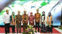 Pemerintah Kota (pemkot) Surabaya menerima kunjungan tim juri lomba Sekolah Sehat Tingkat Nasional 2019. (Foto:Liputan6.com/Dian Kurniawan)