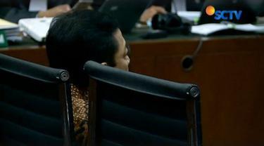 Ketua DPR RI Setya Novantoatau Setnov akhirnya memenuhi pangggilan sidang pengadilan tindak pidana korupsi (tipikor) di Kemayoran, Jakarta.