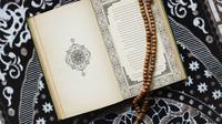 Ilustrasi Kitab Suci Al Qur'an Credit: unsplash.com/Laily