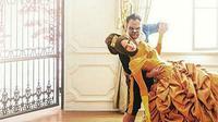 Tinggal beberapa hari lagi, Vicky Prasetyo dan Angel Lelga akan meresmikan hubungannya. Pasangan yang mengaku telah nikah siri itu akan menikah secara resmi pada 9 Februari 2018. (Instagram/wedding_and_indo)