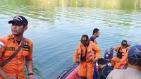 Tim SAR gabungan melanjutkan pencarian korban pesawat Cessna yang jatuh di Sungai Cimanuk, Indramayu, Jawa Barat. (Foto: Doc Basarnas)