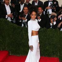 Rihanna di Met Gala. (FOTO: Splash)