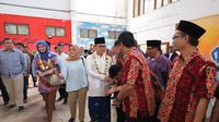 Ketua Umum PAN Zulkifli Hasan hadir menyapa warga Sukabumi bersama Desy Ratnasari, Minggu 3 Februari 2019. (Istimewa)