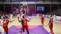 Timnas basket putra Indonesia gagal melaju ke semifinal Asian Games 2018 setelah takluk 63-98 dari China. (dok. INASGOC)