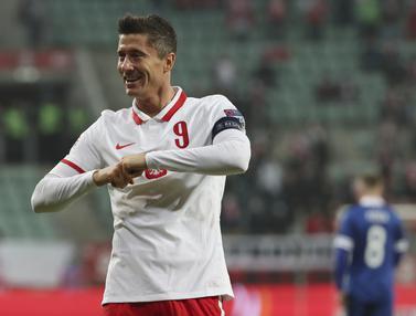 Robert Lewandowski 2 Gol, Polandia Hajar Bosnia dan Herzegovina