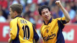 Robbie Fowler. Ia memperkuat Liverpool dalam 2 periode, pada 1993-2002 dan yang kedua pada 2001-2003. Total 128 gol dicetak dalam 266 laga Premier League di 2 periode tersebut, namun tak sekalipun mampu meraih trofi Premier League, bahkan usai pindah bersama Manchester City. (Foto: AFP/Odd Andersen)
