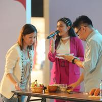Sahabat Fimela belajar Food Photography bareng Komunitas Jangkrik Kuliner di Fimela Fest 2019. Fimela.com/Adrian Putra)