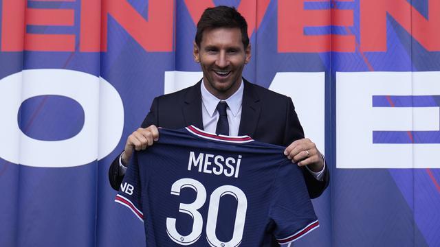 Foto: Starting XI Berisi Kumpulan Pemain yang Dilepas Gratis Musim Ini, Ada Duet Lionel Messi dan Sergio Aguero