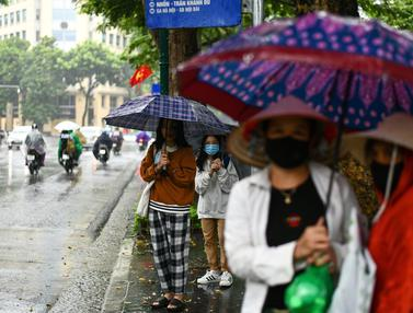Akibat Badai Tropis Nangka, Hanoi Dilanda Hujan Lebat